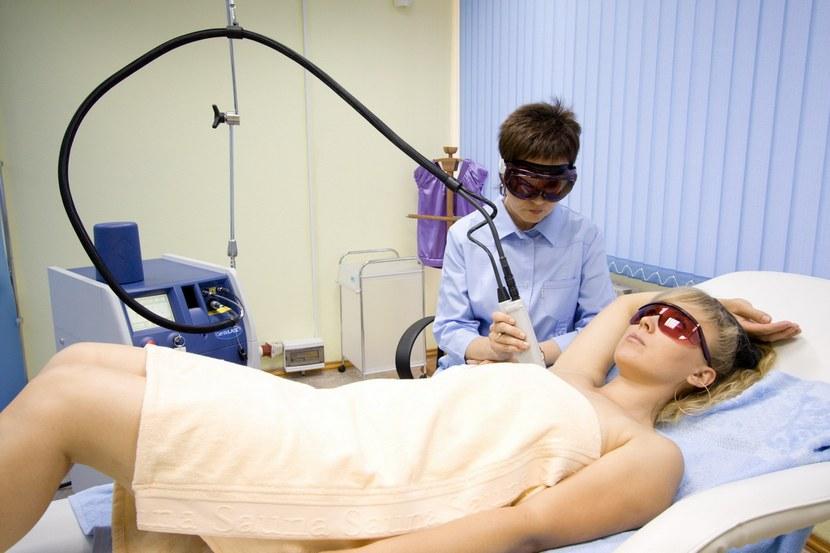 Аппарат для лазерного удаления волос: виды и характеристики