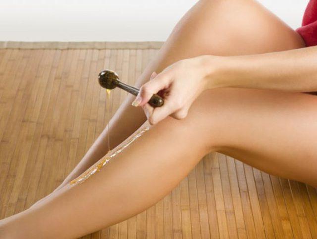 После проведения процедуры на нежных участках кожи может быть небольшая отечность или покраснение